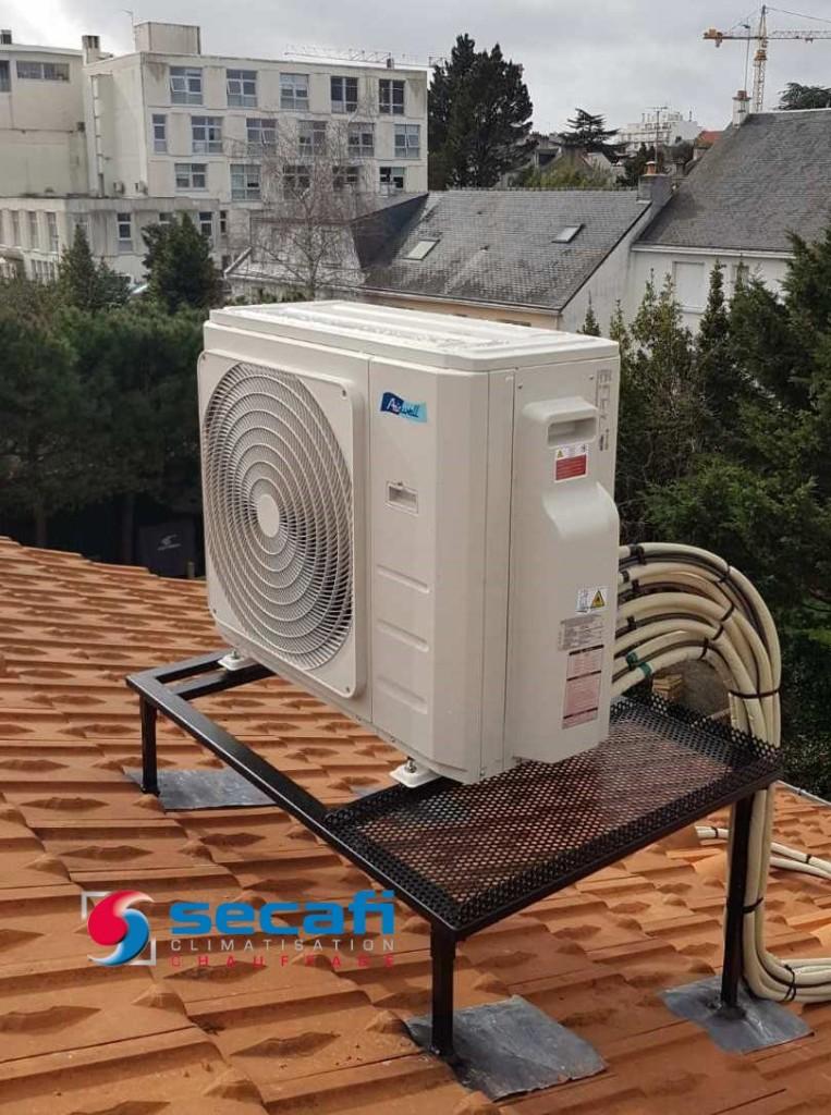 Installation climatisation Airwell en toiture